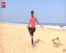 حركات رياضية بسيطة باستعمال الكرة