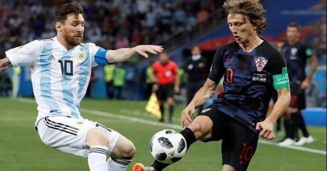 كرواتيا تسحق الأرجنتين بحضور ميسي وأمام أنظار مارادونا