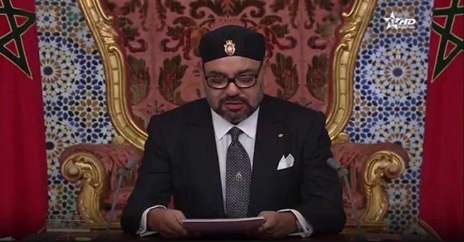 الملك ينتقد هجرة الكفاءات ويوصي بخلق مناخ لتشغيل الشباب