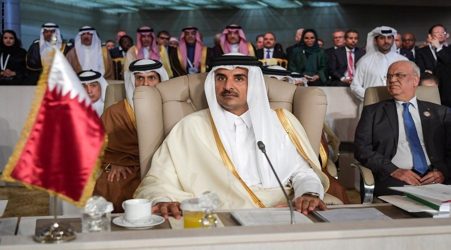 الرئاسة التونسية تكشف سبب مغادرة أمير قطر للقمة العربية