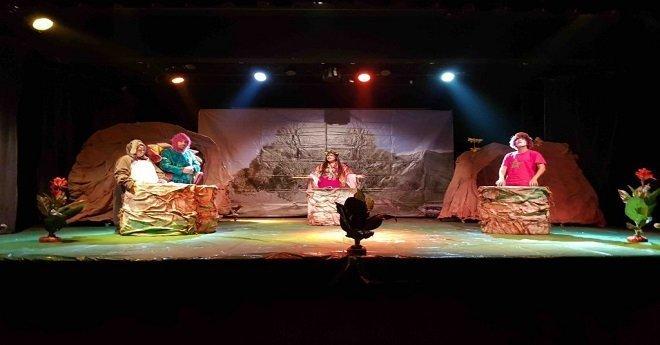 وزارة  الهجرة تطلق جولة 51 عرضا مسرحيا أمازيغيا لفائدة مغاربة العالم