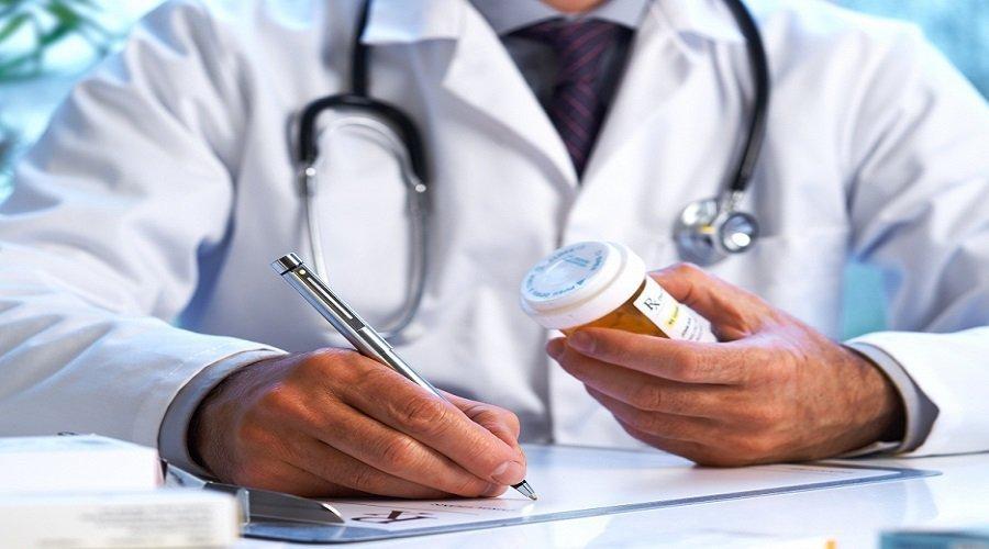 تفكيك شبكة تزوّر ملفات مرض وهمية للحصول على التعويضات
