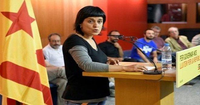 كتالونيا.. مذكرة اعتقال ضد قيادية داعمة لانفصال الإقليم تقيم بسويسرا