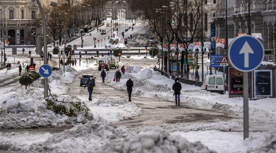 """إسبانيا تستعد لموجة برد غير مسبوقة بعد العاصفة الثلجية """"فيلومينا"""""""