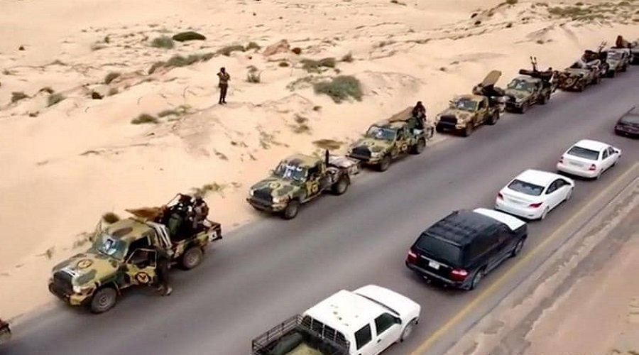 اشتباكات عنيفة في ليبيا ودول عربية وغربية تدعو إلى ضبط النفس
