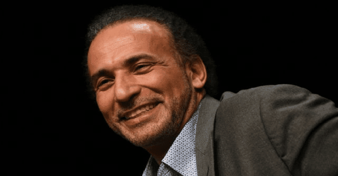 السلطات الفرنسية تعتقل المفكر الإسلامي طارق رمضان بتهمة الاغتصاب والعنف