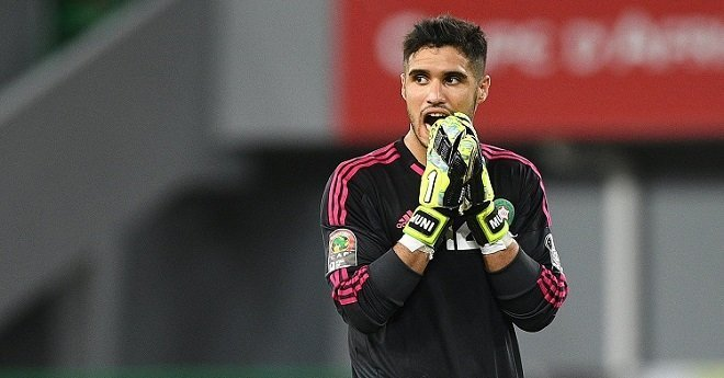 حارس المنتخب المغربي قريب من التوقيع لهذا النادي