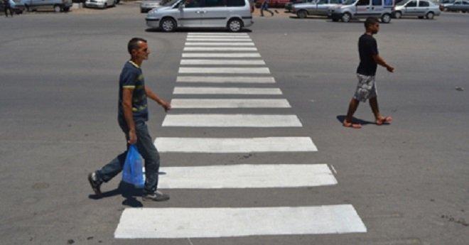 """الشرطة توضح أسباب فرض غرامة """"25 درهم"""" على الراجلين"""