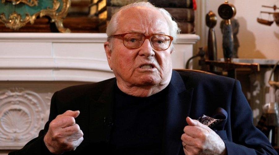 اتّهام مؤسس حزب اليمين المتطرف الفرنسي لوبن باختلاس أموال عامة