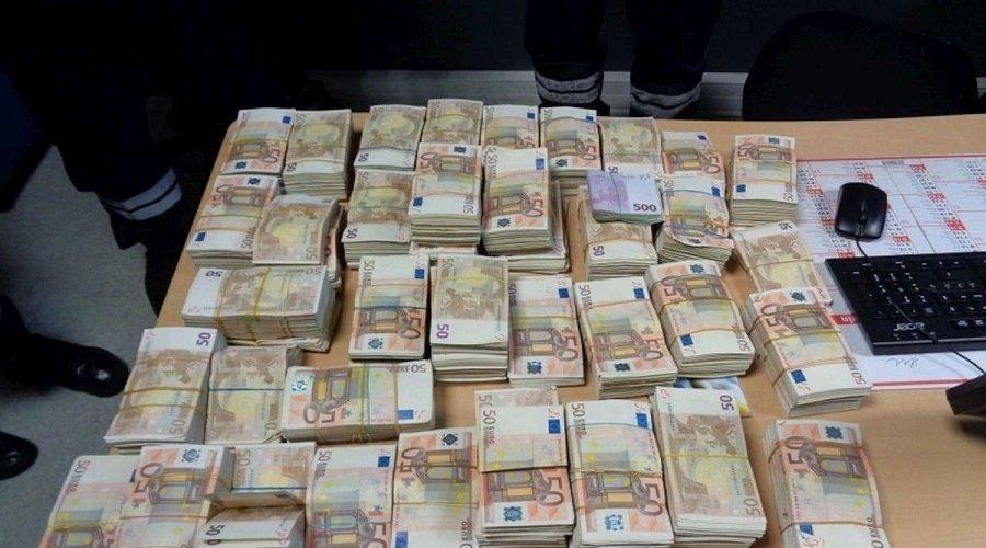شبكة للاتجار بالبشر تجني مليون يورو من ضحايا مغاربة