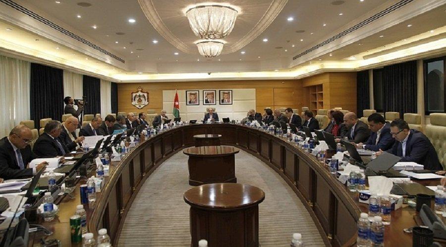 استقالة جماعية للوزراء تمهيدا لتعديل حكومي