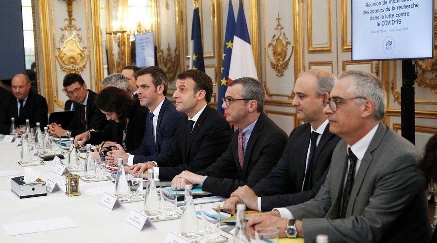 إصابة نائب برلماني فرنسي بكورونا وماكرون يحذر