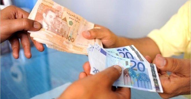 تحرير الصرف.. الدرهم يقاوم الأورو والدولار