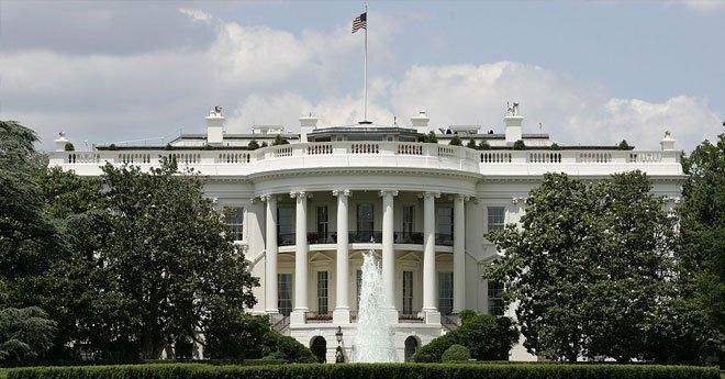 أمريكا.. رجل يطلق النار على نفسه أمام البيت الأبيض