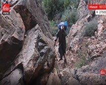 العاديون يوجه الكاميرا لأدّار..القرية الشامخة بين الجبال