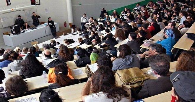 إضراب أساتذة التعليم العالي.. شلل في الجامعات