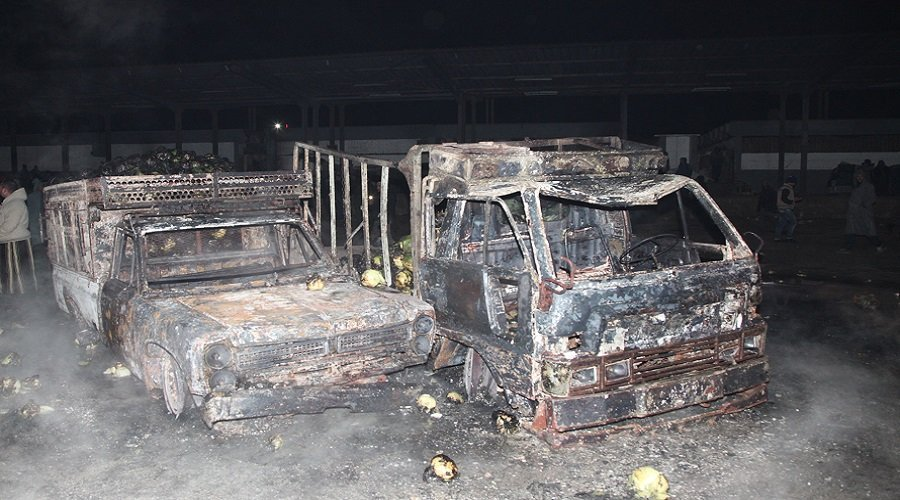e15088331 بالصور.. هذه حصيلة حريق سوق الجملة بالدار البيضاء - تيلي ماروك