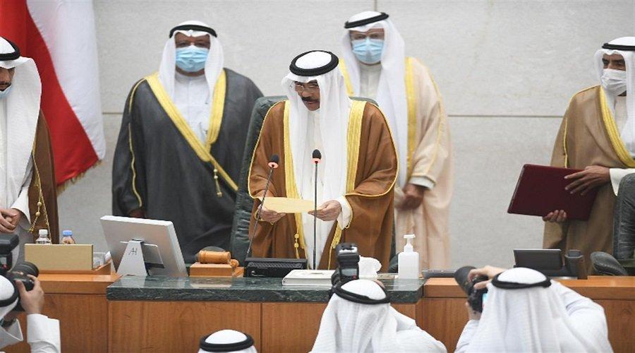نواف الأحمد الجابر الصباح يؤدي اليمين الدستورية أميرا لدولة الكويت