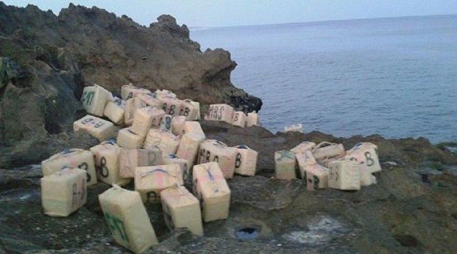 لفظ شواطئ الصخيرات وبوزنيقة لطنين من المخدرات يستنفر السلطات