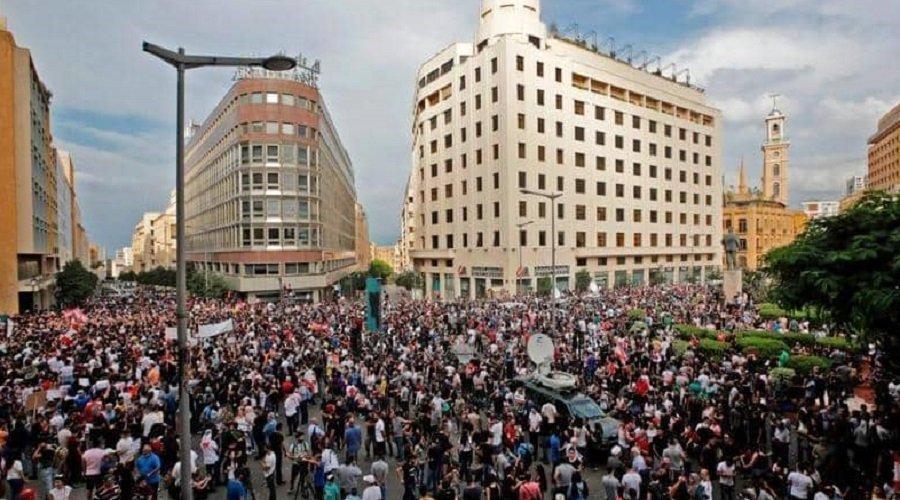 مظاهرات حاشدة في لبنان ومطالب للحكومة بالاستقالة