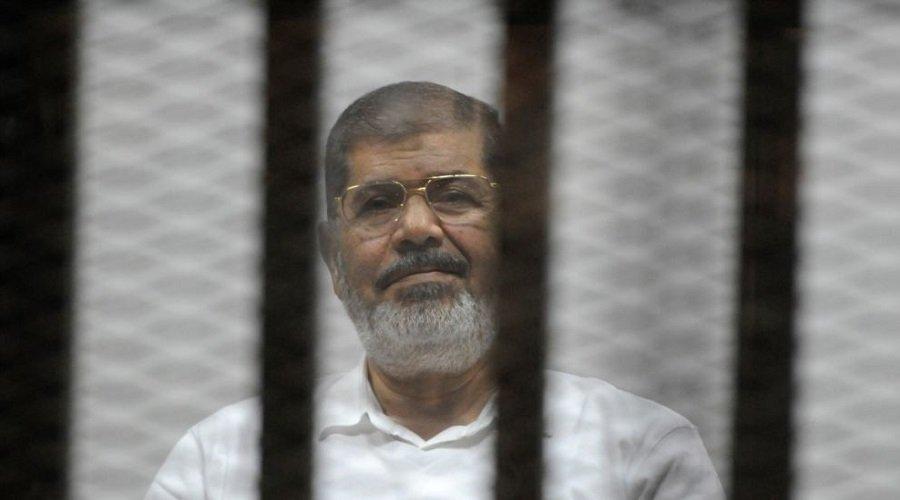 دفن جثمان الرئيس المصري السابق محمد مرسي دون مراسم تشييع