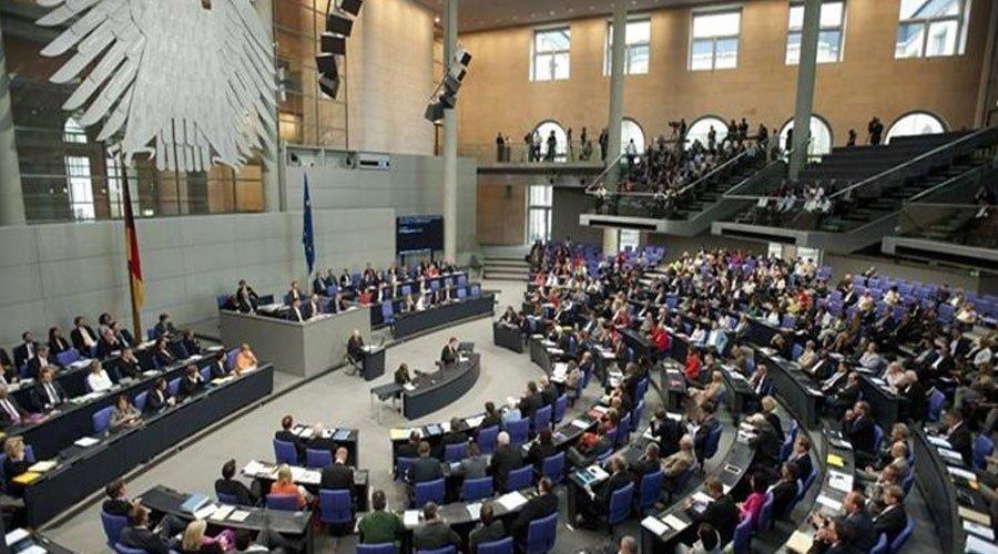 البرلمان الألماني يصنف المغرب بلدا آمنا ويؤكد تسريع عملية ترحيل المهاجرين غير الشرعيين