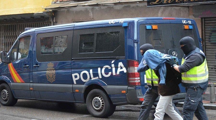 """استقطاب مؤيدين لـ """"داعش"""" من داخل سجون إسبانيا يورط مغاربة ومسؤولا بالسجن"""