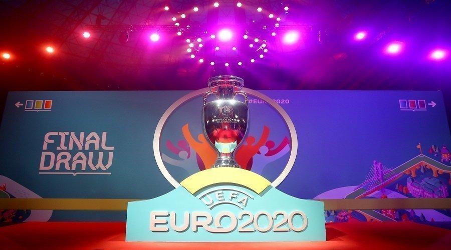 الاتحاد الأوروبي لكرة القدم يوقف كافة المسابقات ويؤجل بطولة أوروبا