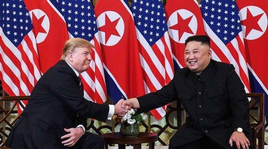 هذا ما دار بين ترامب وكيم في بداية اجتماعهما في فييتنام