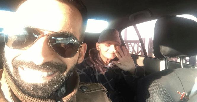 """الفنان الكوميدي """"عبد الرؤوف"""" يغادر المستشفى العسكري بالرباط"""