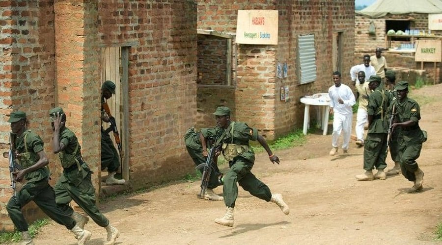 مقتل 13 شخصا في هجوم مسلحين على فندق بالصومال