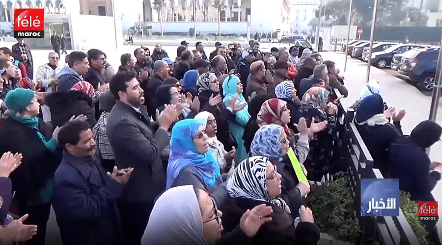 موظفو الجماعة عن غضبهم من الاقتطاعات المفاجئة التي وصلت إلى 600 درهما
