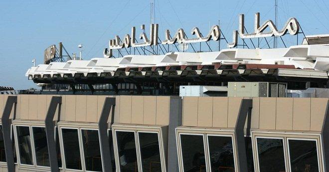 """وصول أول دفعة من """"مغاربة ليبيا"""" إلى المملكة عبر طائرة خاصة"""