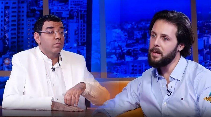 """مثير...شاهد ردة فعل مقدم مشيتي فيها عبد الله بنسعيد بعد أن وصفه العشابي بـ""""الحامض"""" في عندي مايفيد"""
