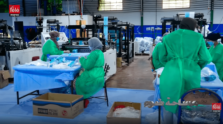 مساحة ضوء : كواليس صناعة الكمامات والماسكات وهكذا تمت مساعدة مسنين من ذوي الإعاقة خلال الحجر الصحي